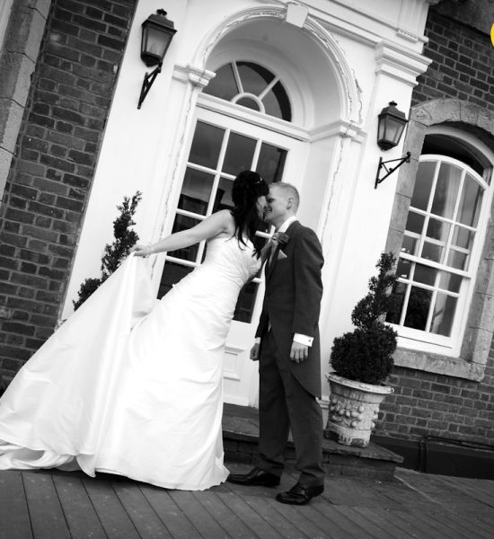 The Kings Hotel, wedding photography Buckinghamshire